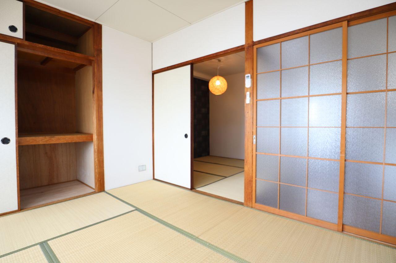 明るい和室で落ち着けそう。