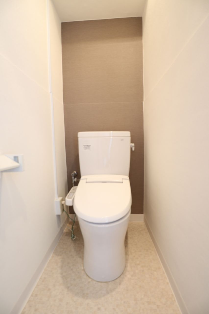 シャワー便座トイレ