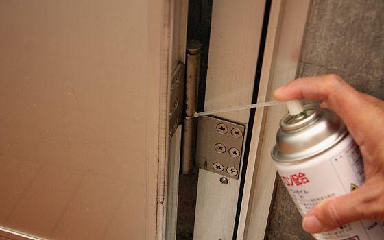 玄関ドアの不具合対処
