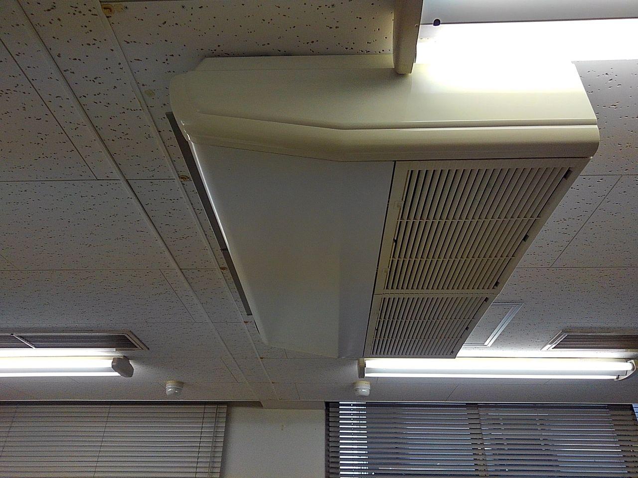 天吊型空調機